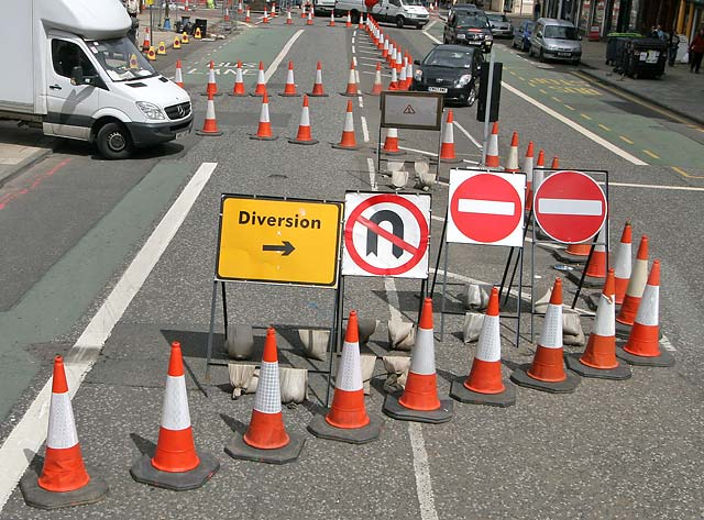 Oldham MBC Roadworks Bulletin W/C 3 June 2019 | Howard Sykes